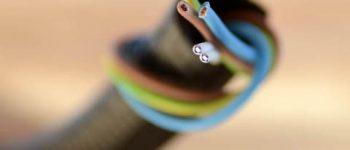 POF (Plastic Optical Fiber): Una solución para la conectividad.